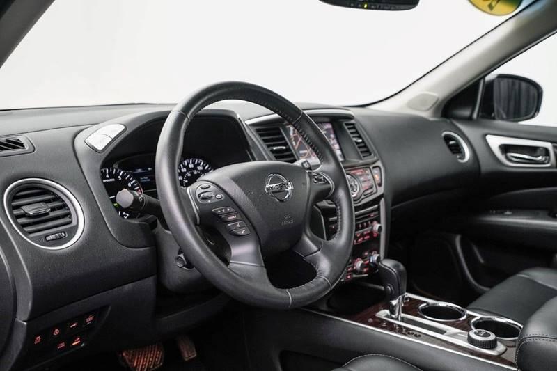 2014 Nissan Pathfinder Platinum (image 16)