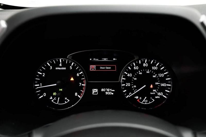 2014 Nissan Pathfinder Platinum (image 19)
