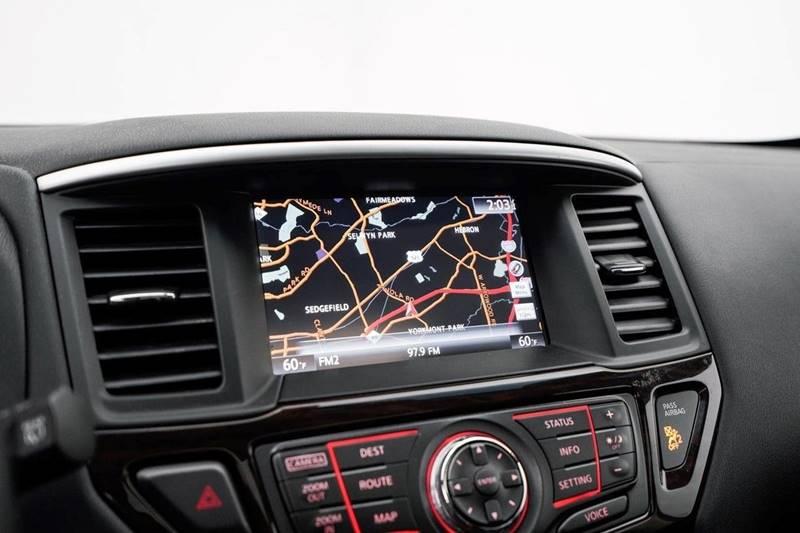 2014 Nissan Pathfinder Platinum (image 20)