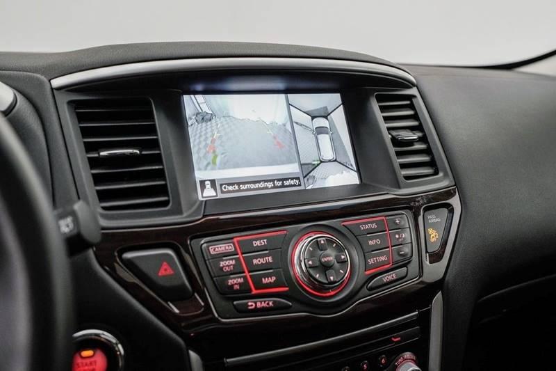 2014 Nissan Pathfinder Platinum (image 21)