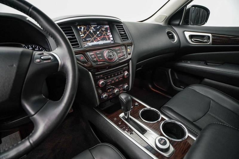 2014 Nissan Pathfinder Platinum (image 23)