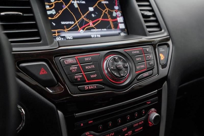 2014 Nissan Pathfinder Platinum (image 25)