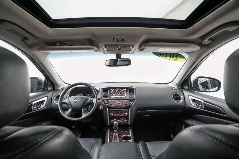 2014 Nissan Pathfinder Platinum (image 35)