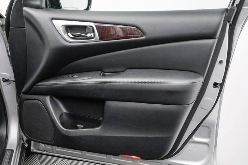 2014 Nissan Pathfinder Platinum (image 38)