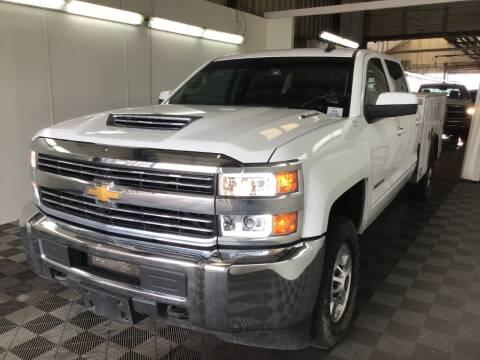 2018 Chevrolet Silverado 2500HD LT for sale at KA Commercial Trucks, LLC in Dassel MN