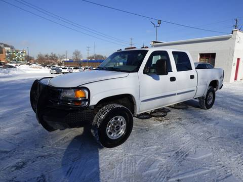 2003 GMC Sierra 2500HD for sale at Chris's Century Car Company in Saint Paul MN