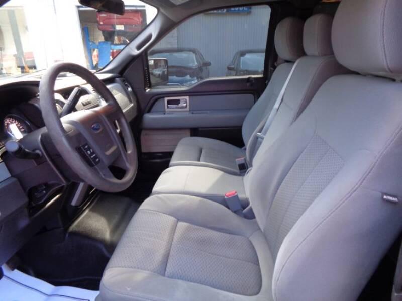 2011 Ford F-150 XLT (image 24)