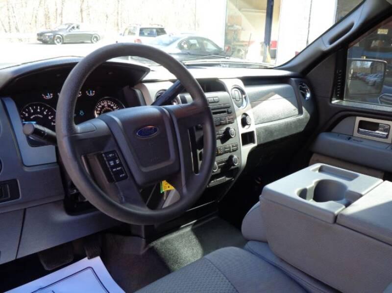 2011 Ford F-150 XLT (image 11)
