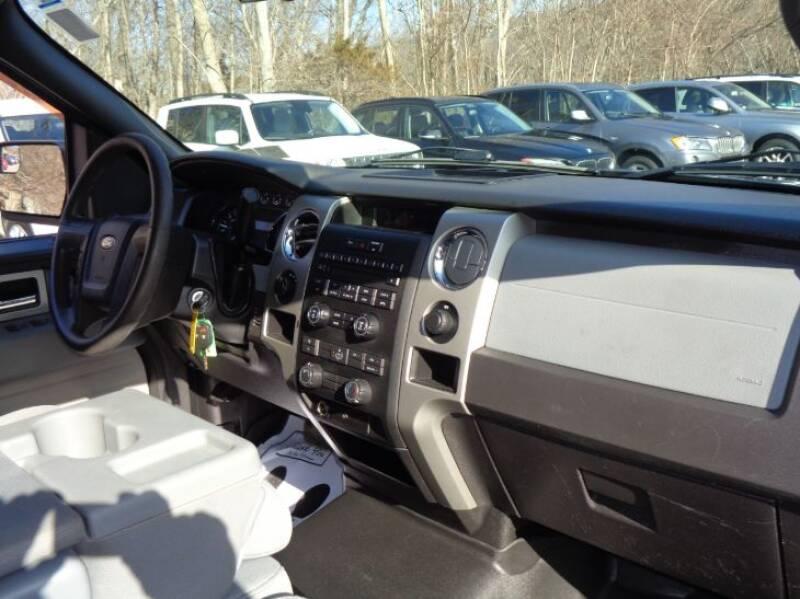 2011 Ford F-150 XLT (image 13)