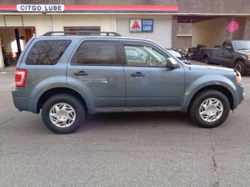 2011 Ford Escape XLT (image 6)