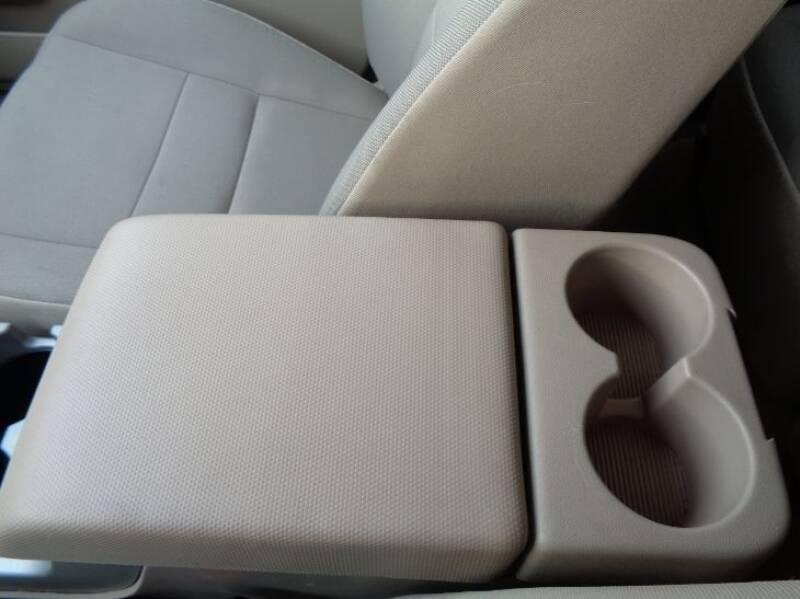 2011 Ford Escape XLT (image 25)