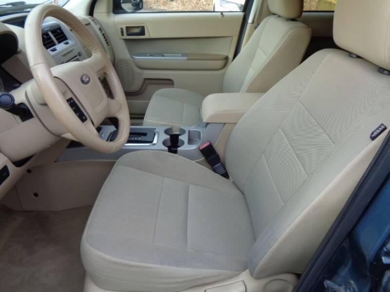 2011 Ford Escape XLT (image 18)
