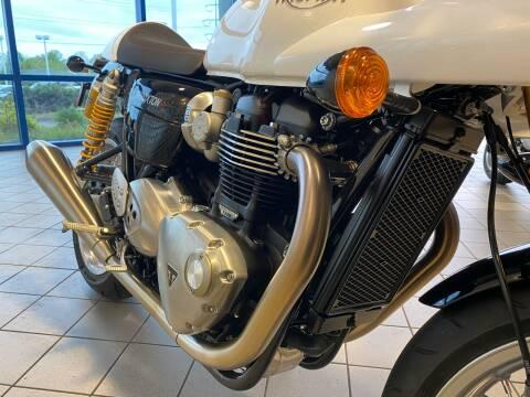 2019 Triumph Thruxton