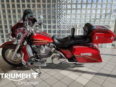 2005 Harley-Davidson FLHTCSE2 for sale at TRIUMPH CINCINNATI in Cincinnati OH