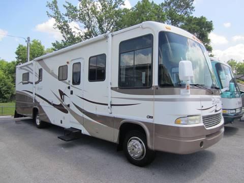 2004 Georgie Boy Landau 3525TS for sale in Chattanooga, TN