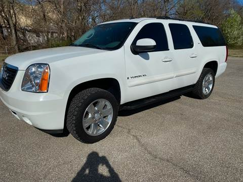 2007 GMC Yukon XL SLT 1500 for sale at Empire Auto Remarketing in Shawnee OK