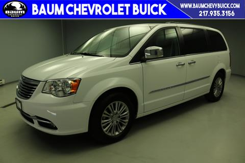 2016 Chrysler Town and Country for sale in Farmer City, IL