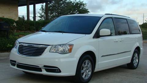 2011 Chrysler Town and Country for sale in Oklahoma City, OK