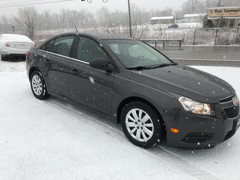 2011 Chevrolet Cruze LS (image 10)