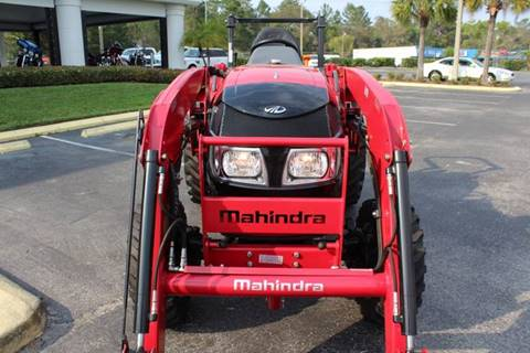 2017 MAHINDRA 1533 SHUTTLE WITH LOADER
