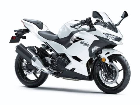 2020 Kawasaki Ninja® 400 ABS Pearl Bliz for sale at Southeast Sales Powersports in Milwaukee WI