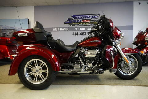 2017 Harley-Davidson® FLHTCUTG - Tri Glide® Ult for sale at Southeast Sales Powersports in Milwaukee WI