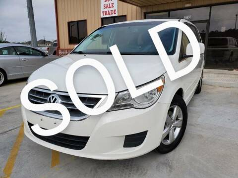 2009 Volkswagen Routan for sale at TEXAS AUTOMOBILE in Houston TX