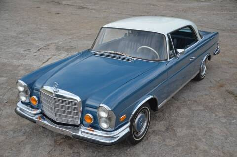 1971 Mercedes-Benz 280 SE 3.5 Coupe for sale at Frazier Motorcar Company in Lebanon TN