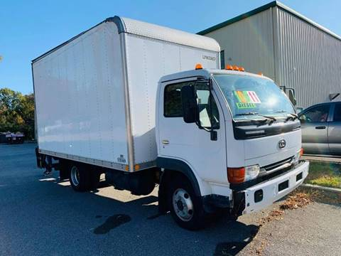2007 UD Trucks UD1200 for sale in Memphis, TN