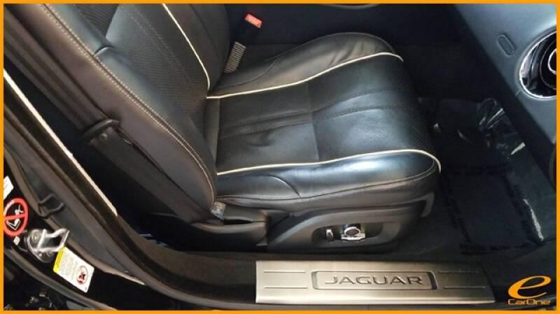 2016 Jaguar XJ R-Sport (image 23)