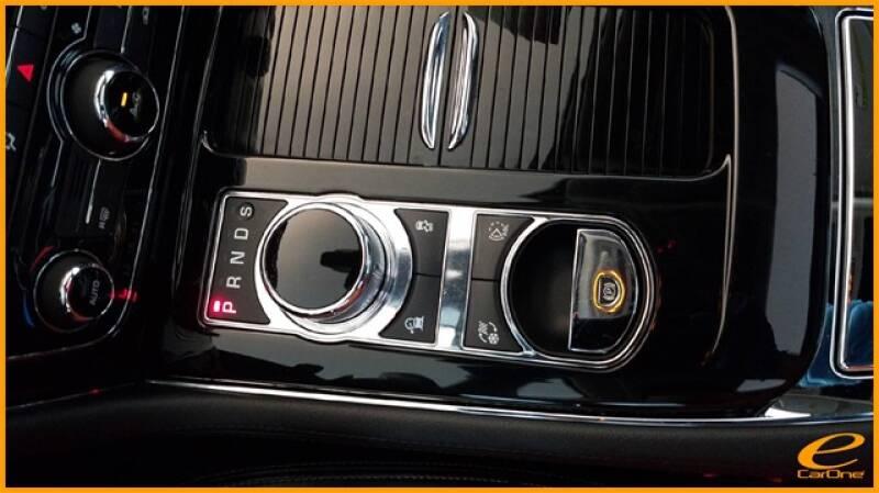 2016 Jaguar XJ R-Sport (image 51)