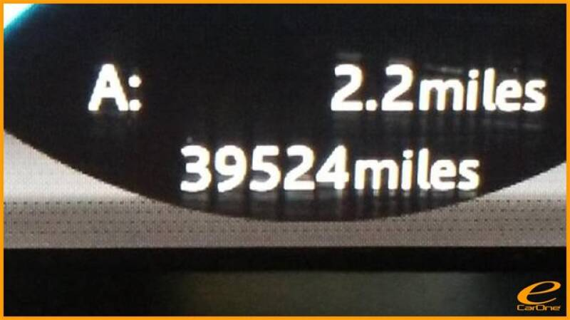 2016 Jaguar XJ R-Sport (image 53)