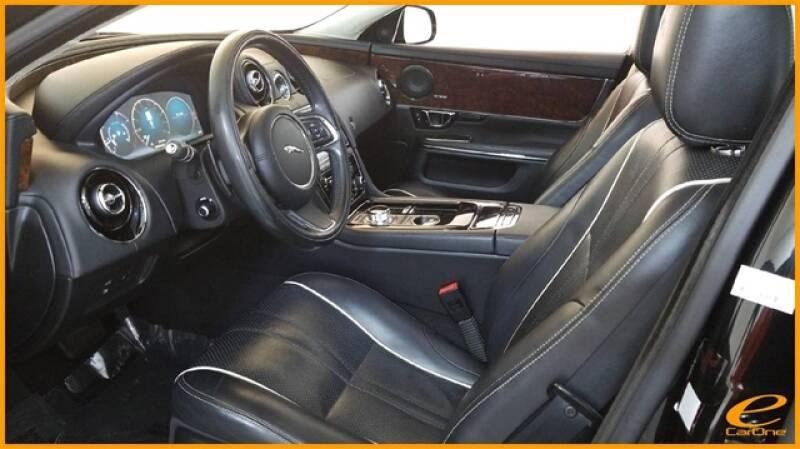 2016 Jaguar XJ R-Sport (image 19)