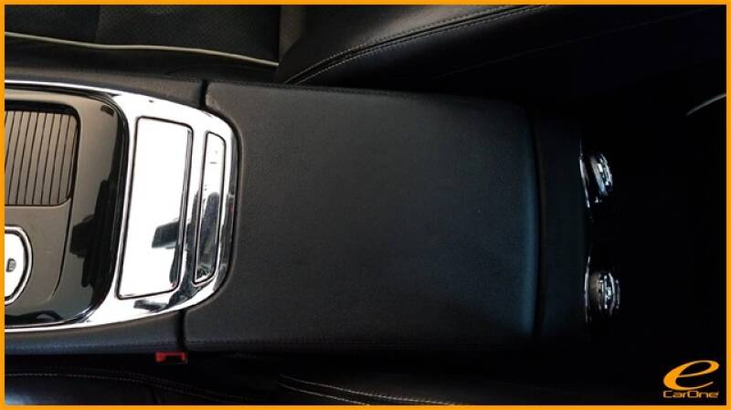 2016 Jaguar XJ R-Sport (image 54)