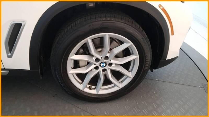 2019 BMW X5 xDrive40i (image 65)