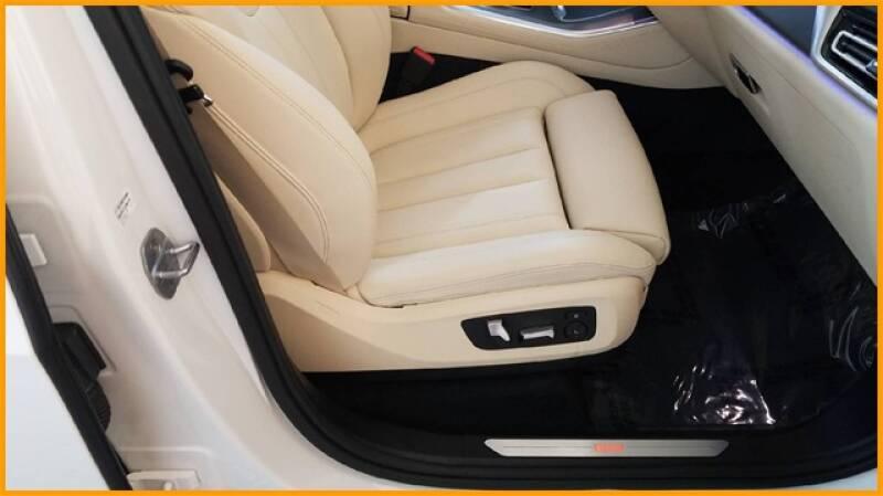2019 BMW X5 xDrive40i (image 23)