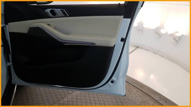 2019 BMW X5 xDrive40i (image 24)