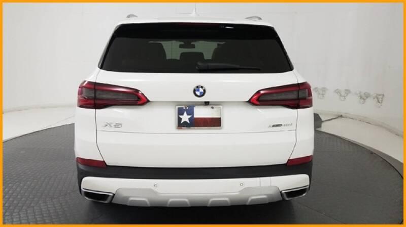 2019 BMW X5 xDrive40i (image 11)