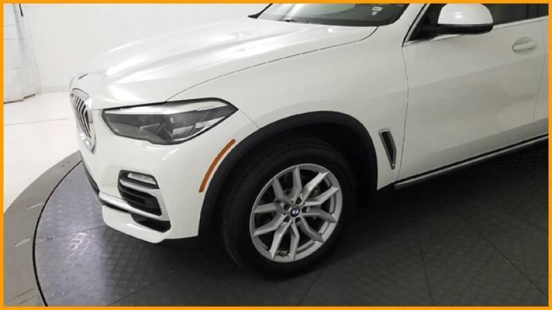 2019 BMW X5 xDrive40i (image 9)