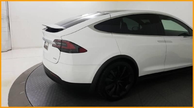 2018 Tesla Model X 100D (image 12)
