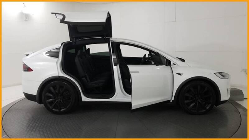 2018 Tesla Model X 100D (image 37)