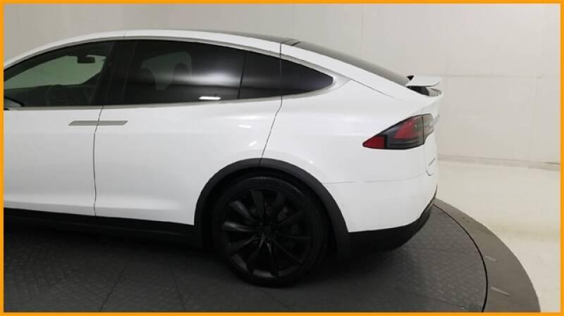 2018 Tesla Model X 100D (image 10)