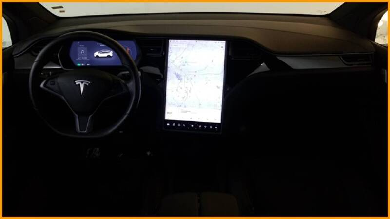 2018 Tesla Model X 100D (image 23)