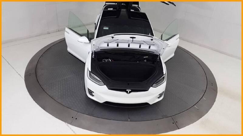 2018 Tesla Model X 100D (image 97)