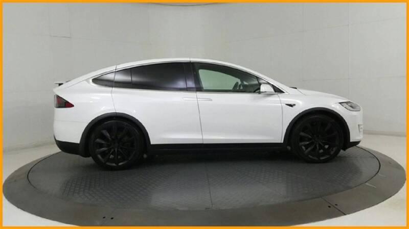 2018 Tesla Model X 100D (image 96)