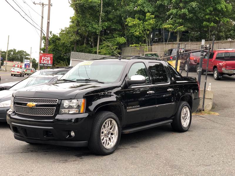 2013 Chevrolet Avalanche for sale at Emory Street Auto Sales and Service in Attleboro MA