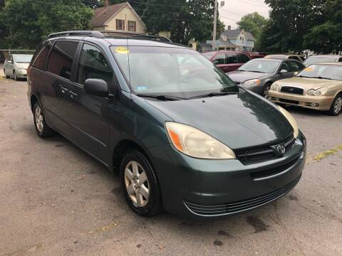 2004 Toyota Sienna for sale at Emory Street Auto Sales and Service in Attleboro MA