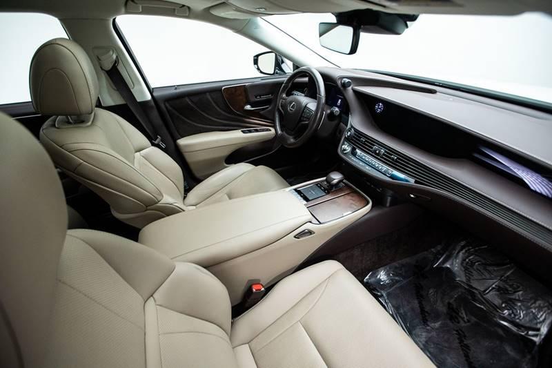 2018 Lexus LS 500 13