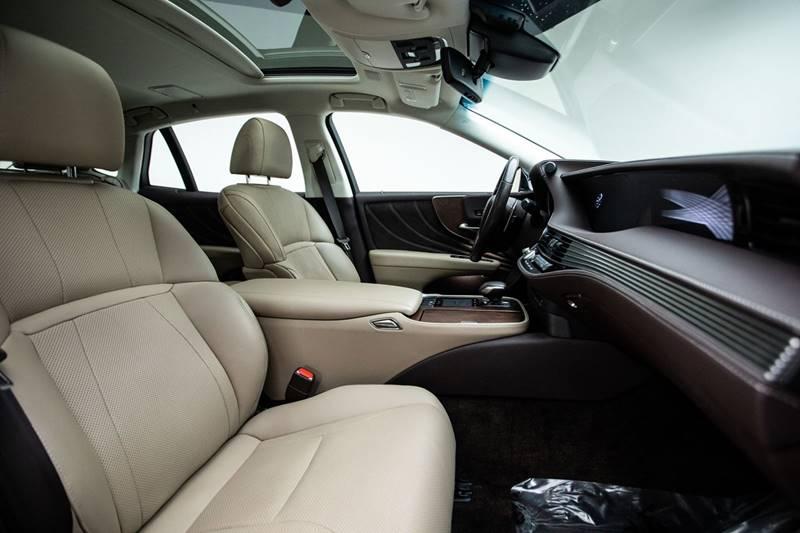 2018 Lexus LS 500 14