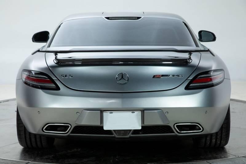 2013 Mercedes-Benz SLS AMG 8